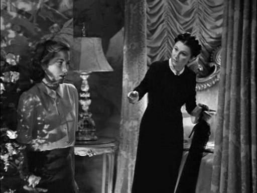 Az első hálószoba jelenet