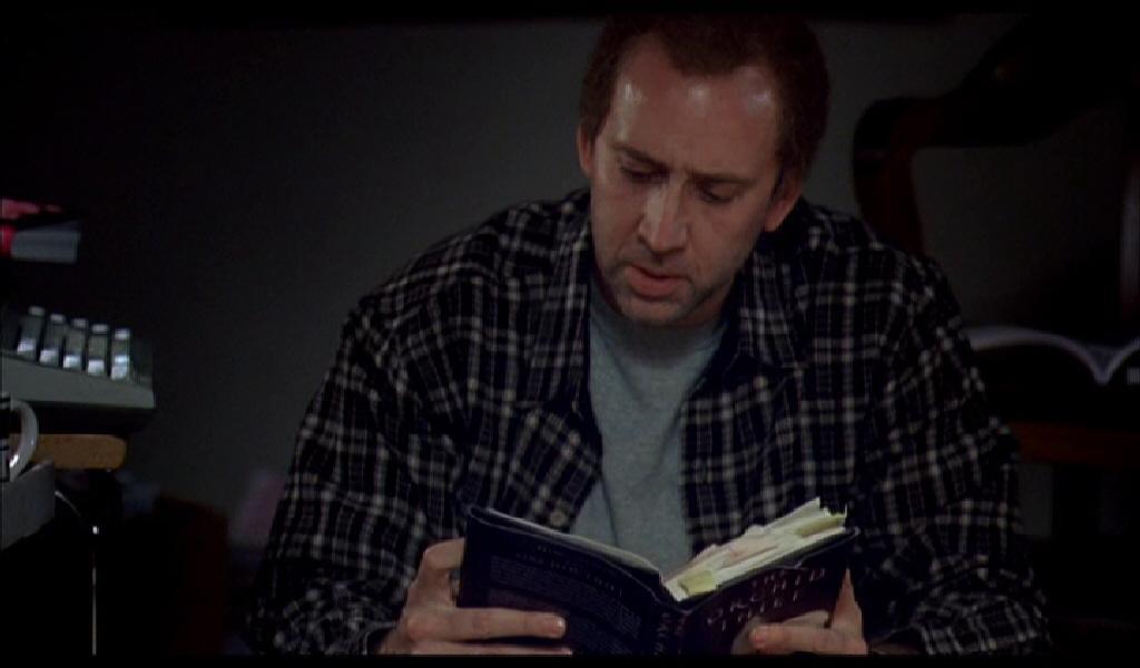 Nicholas Cage – Charlie Kaufman: az értelmezés magányos folyamata (low-key megvilágítás)