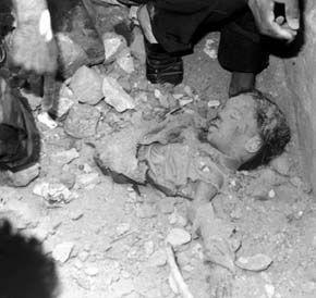 Tizenkét éves kislány holtteste Irakban