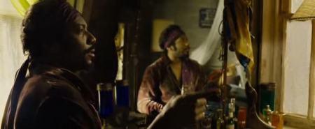 A Jimi Hendrix-szé öltöztetett Jo-Jo.