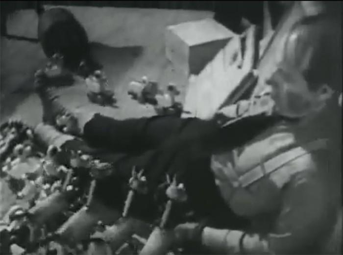 Vzpoura hraček. Hermína Týrlová, 1946