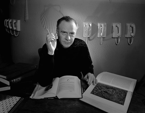 Herbert Marshall McLuhan (1911-1980), kép: Yousuf Karsh