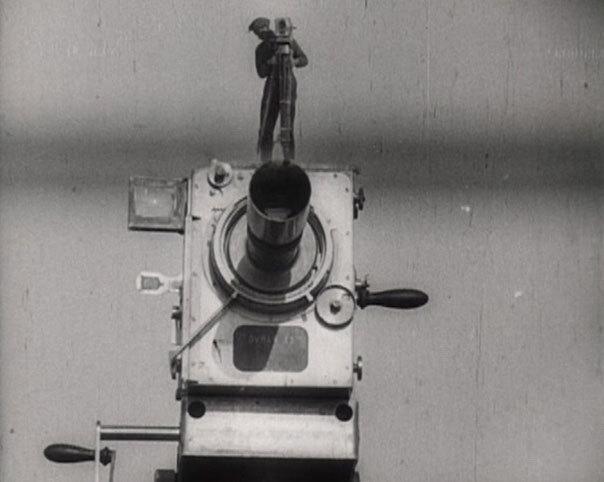 Ember a felvevőgéppel, Dziga Vertov, 1929.