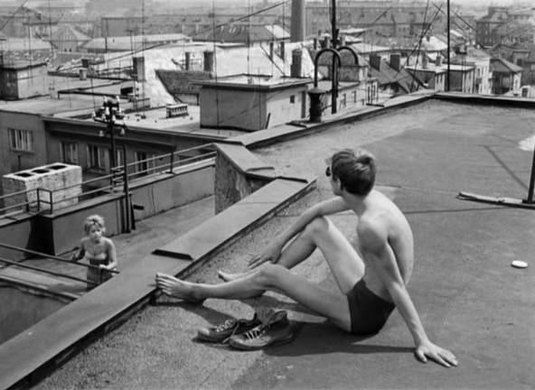 <em>Nap a hálóban</em> (Slnko v sieti. Štefan Uher, 1962)