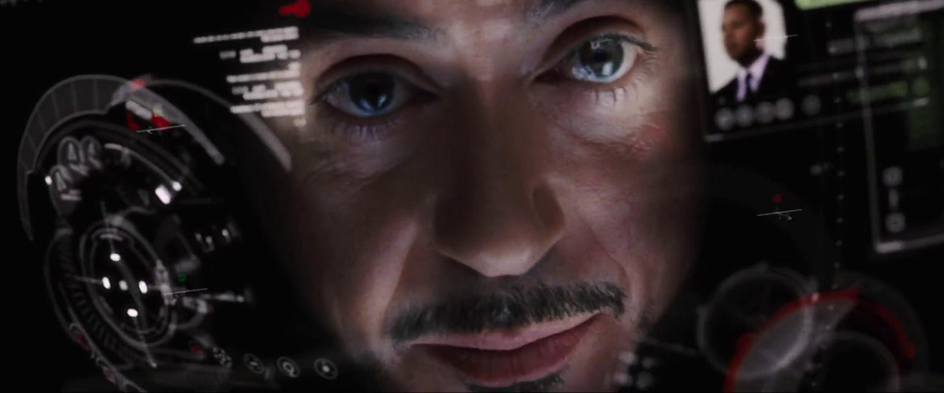 Tony Stark és a páncélja irányító felülete a <em>Vasember</em>ben