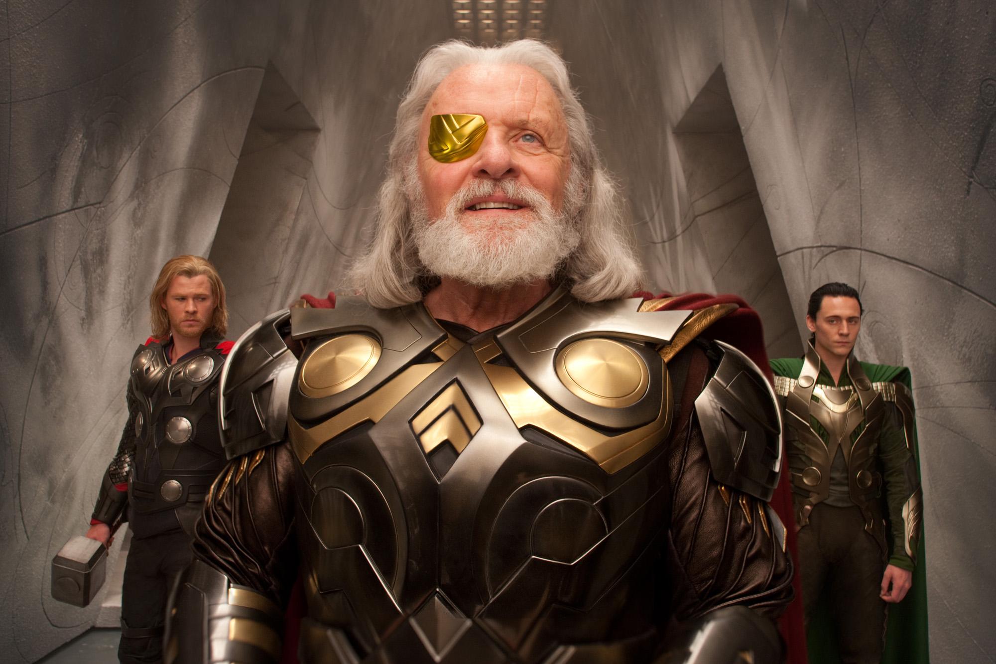 """A <em>Thor</em>ban Asgard - Odin szavaival - """"reménysugár, mely átragyog a csillagok között""""; vajon ez a 21. század eleji Egyesült Államok allegóriája?"""