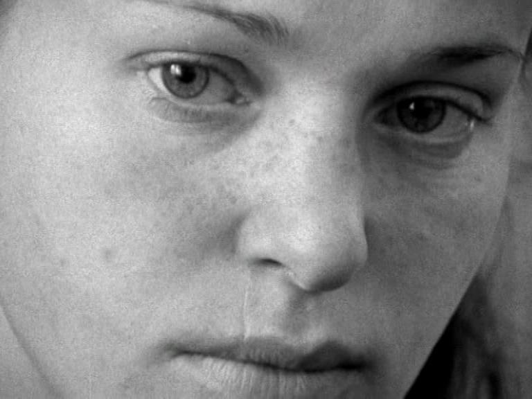 1.kép - <em>Anyaság </em>. Grunwalsky Ferenc, 1974.
