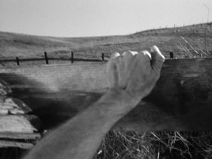 <em>Sötét átjáró</em> (Dark Passage. Delmer Daves, 1947)