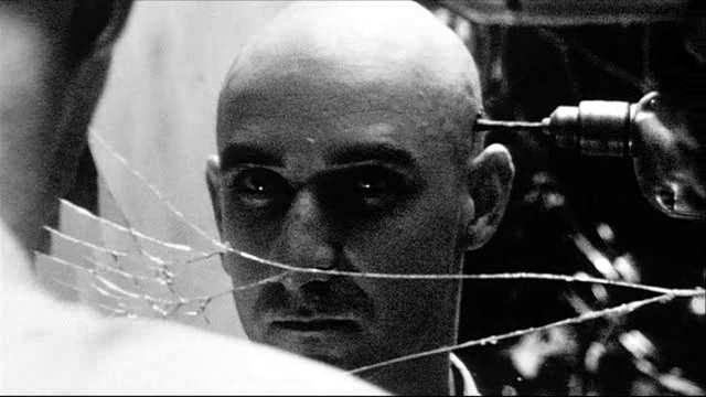 <em>Pi</em> (Darren Aronofsky, 1998)