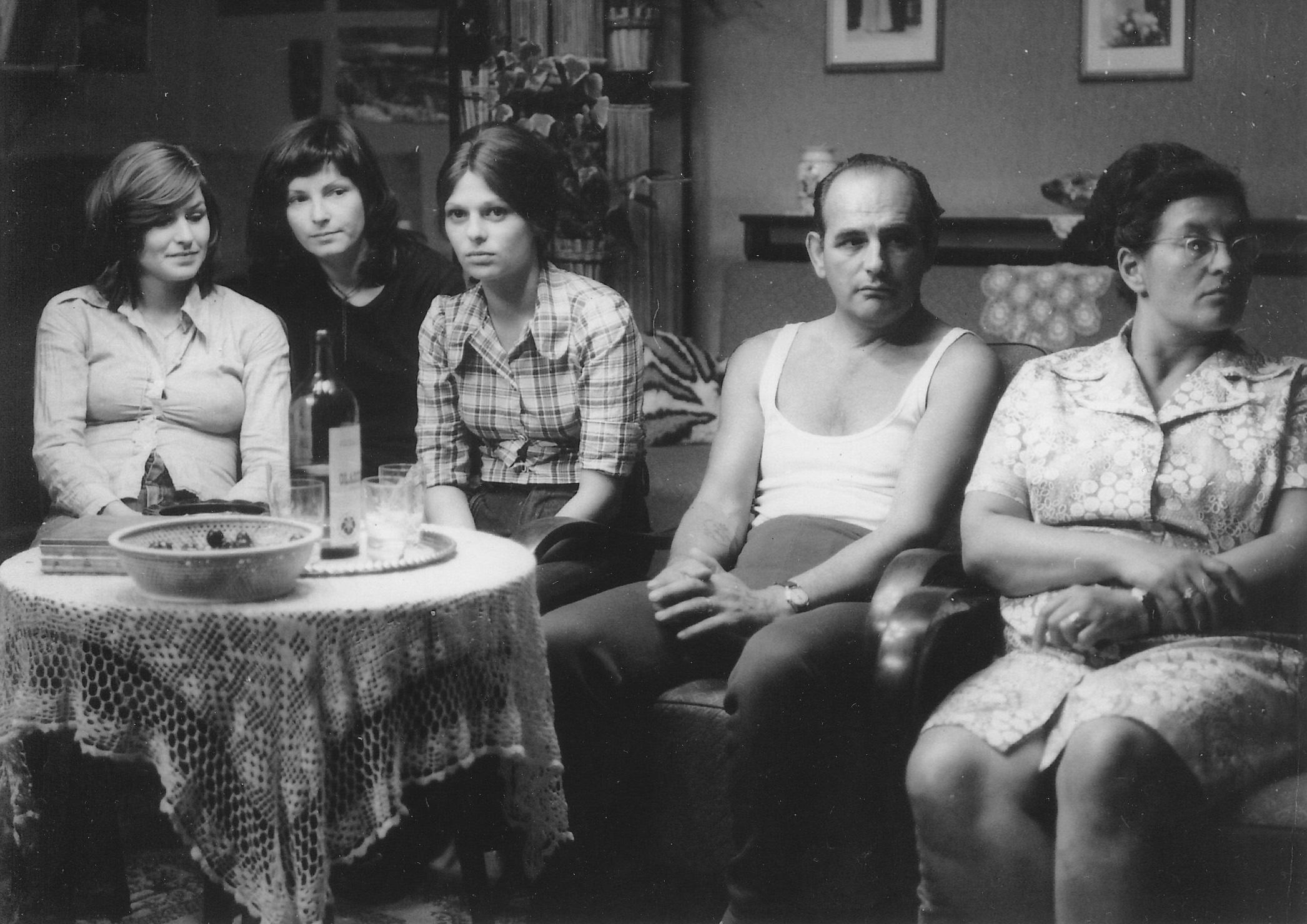<em>Filmregény - Három nővér</em> (Dárday István, 1977)