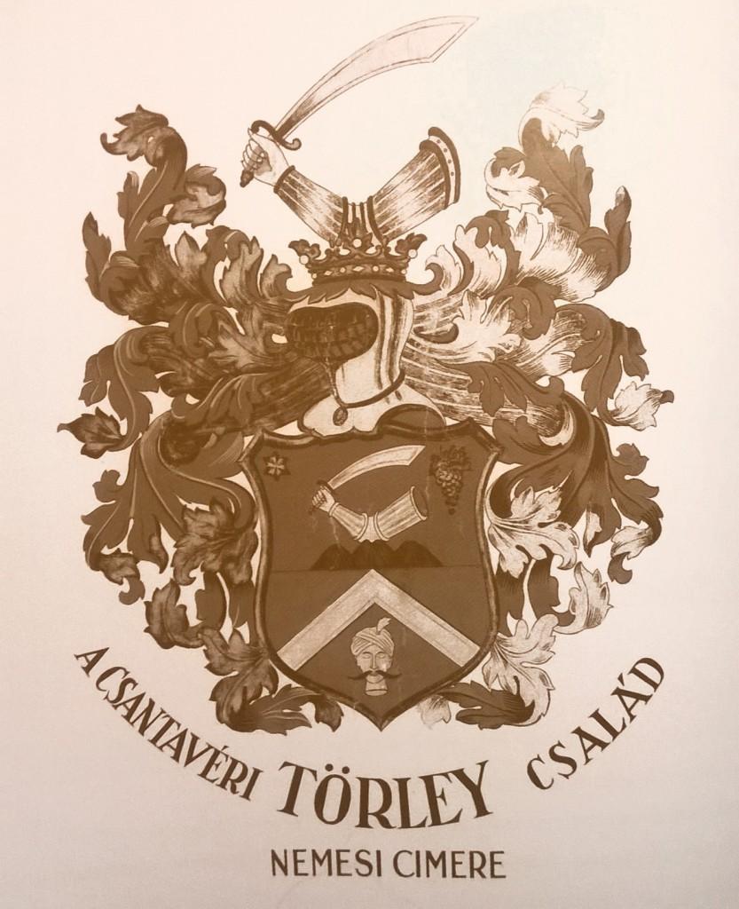 Csantavéri címer (Forrás: Nagyváthy: Törley 1882-2007).