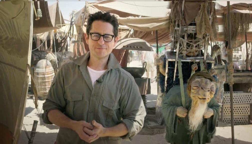 Abrams bejelentkezik a forgatásról