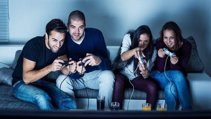 Az észlelés és a cselekvés közti strukturált interakció a videojátékban.