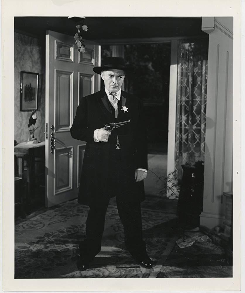 <em>The Boogie Man Will Get You</em> (Lew Landers, 1942)