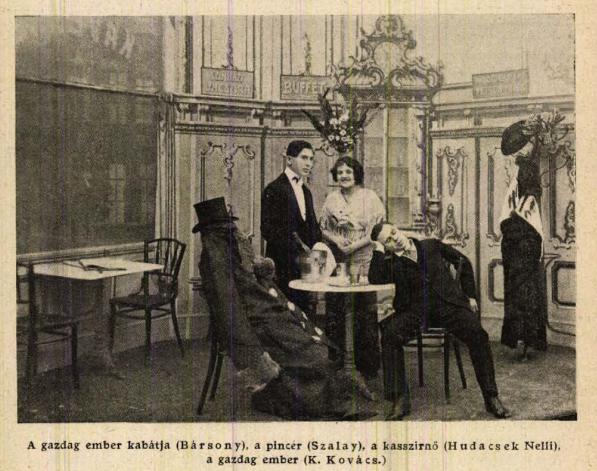 Fotó az előadásról (feltehetően az első színpadi rész vége). Forrás: <em>Színházi Hét</em>, 1912. március 10.