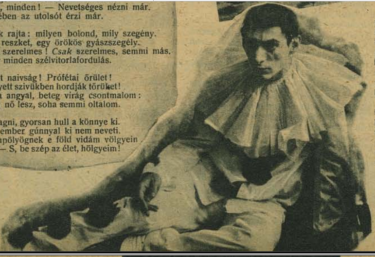 Gellért Lajos Pierrot-ruhában. Forrás: <em>Fényszóró</em>, 1945/20.