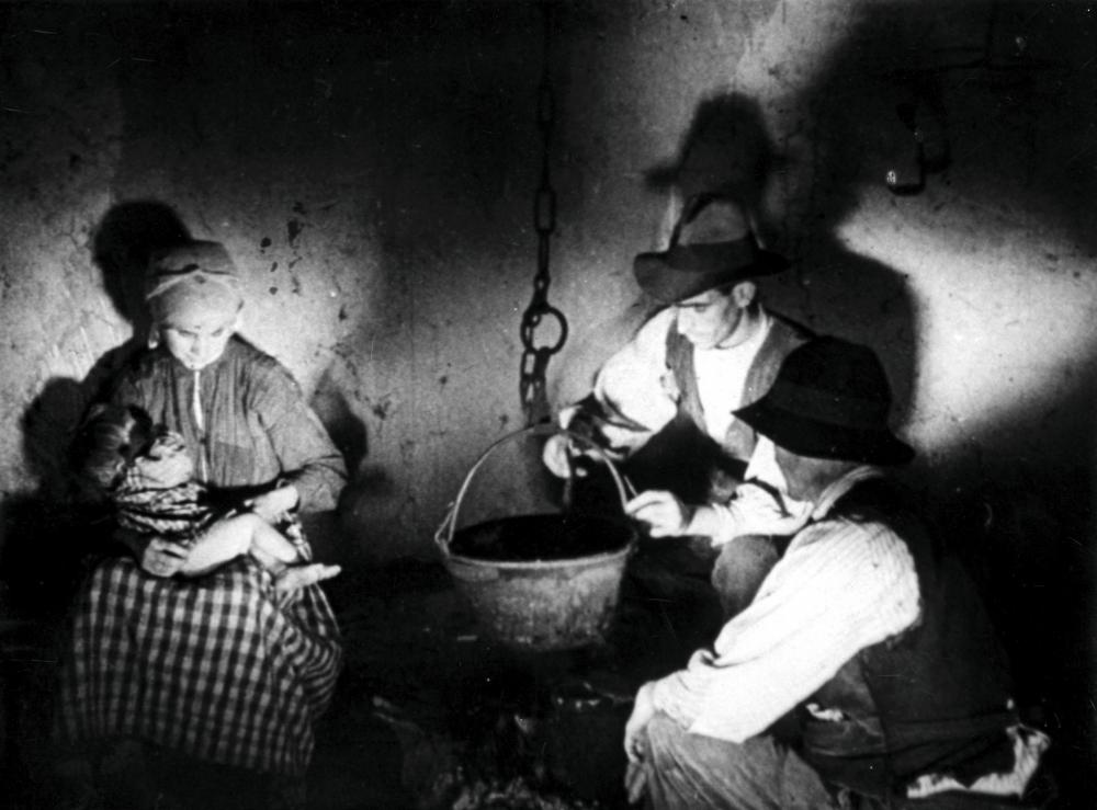 <em>Föld, kenyér nélkül</em> (Las Hurdes.Bunuel, 1933)