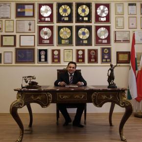 Hogy kerül a cigány a címoldalra? A magyarországi sztárgyár és a sztárgyárban a roma celebek