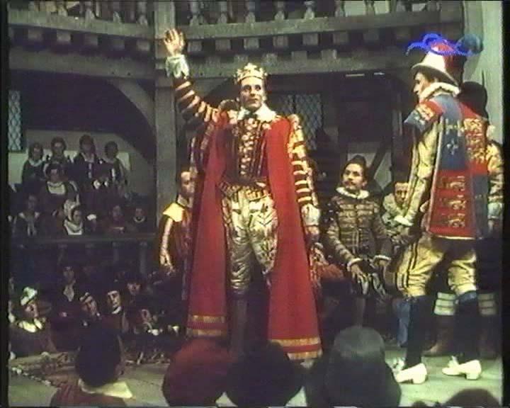 <em> V. Henrik.</em> (<em>The Chronicle History of King Henry the Fift with His Battell Fought at Agincourt in France</em>. Lawrence Olivier, 1944)