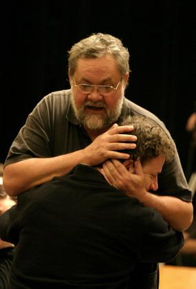 Czintos József (Polonius) és Kardos Róbert (Laertes)
