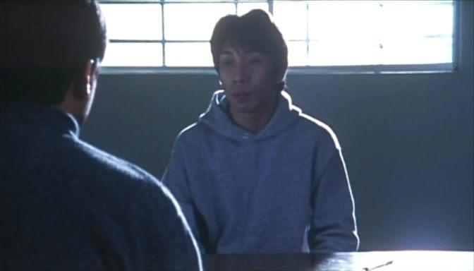 A film textúrájába a valósághoz való közeledés számos lehetősége bele van foglalva. <em>Rögeszme</em> (<em>Tsumetai chi</em>. Aoyama Shinji, 1997)