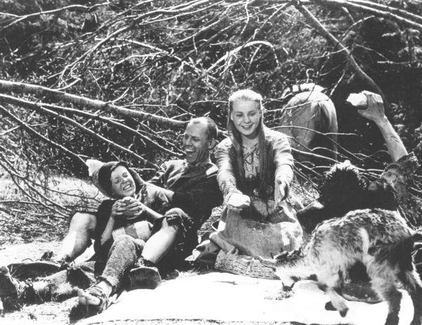 Erdei jelenet a <em>Szűzforrás</em>ból (<em>Jungfrukällan</em>. Ingmar Bergman, 1960)