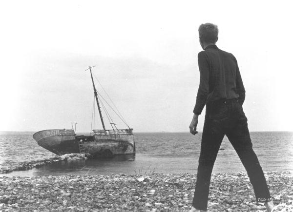 A hajóroncs a <em>Tükör által homályosan</em>ban (<em>Såsom i en spegel</em>. Ingmar Bergman, 1961)