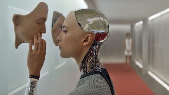 Alice Vikander (Ava) által megformált mesterséges értelem az Ex Machina című filmben